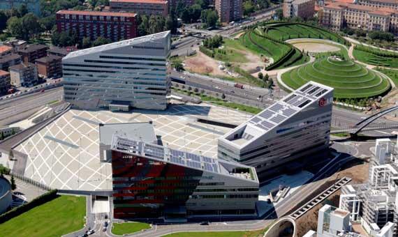Foto aerea degli edifici di Vittoria Assicurazioni a Milano